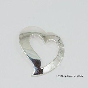 Colgante de plata en corazón de Hechizo de Plata Joyeria
