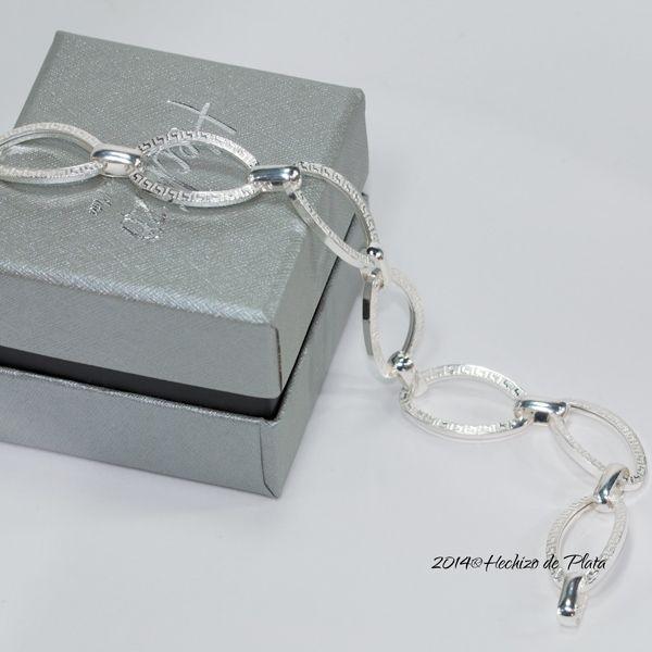 Pulsera de plata con greca de Hechizo de Plata Joyería