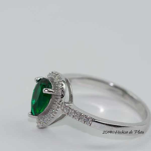 Anillo de plata con circonita verde de Hechizo de Plata Joyería