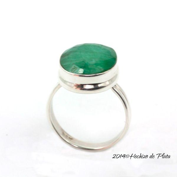 Anillo verde esmeralda de Hechizo de Plata Joyeria