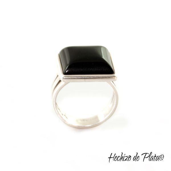 Anillo de plata con onix negro de Hechizo de Plata Joyería
