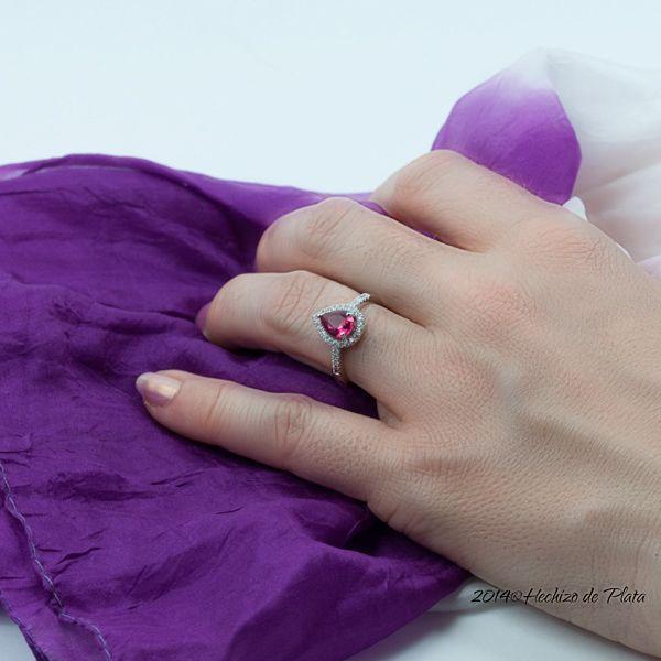 Anillo de plata con circonita rosa de Hechizo de Plata Joyería