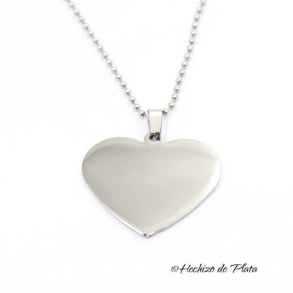 Colgante con placa corazón grande de acero
