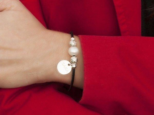 Pulsera personalizada en cuero y plata de Hechizo d Plata Joyería