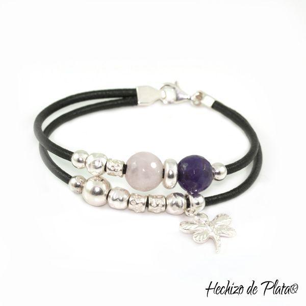 Pulsera personalizada en cuero, plata y piedras en cuarzo rosa y amatista de Hechizo de Plata Joyería