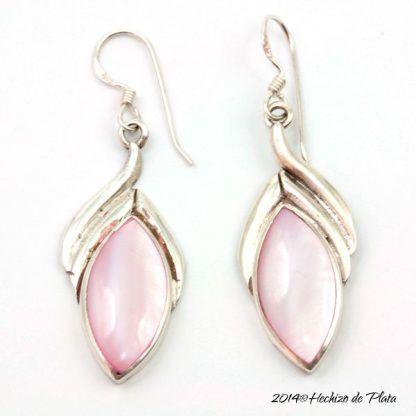 Pendientes de plata con nácar rosa de Hechizo de Plata Joyería