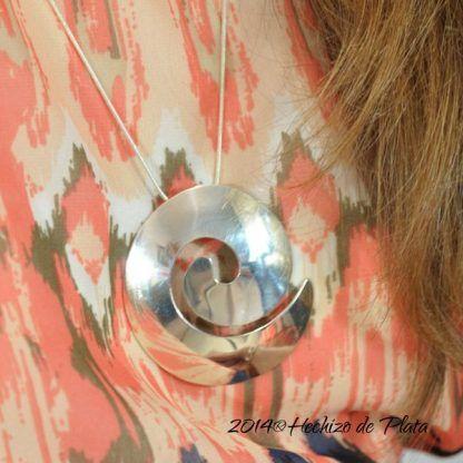 Colgante de plata espiral de hechizo de Plata Joyería