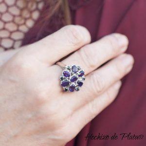 anillo de plata con amatista de Hechizo de Plata Joyería