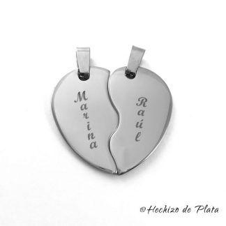 Colgante de acero personalizable corazón partido de Hechizo de Plata Joyería