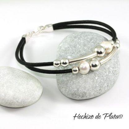 Pulsera de cuero personalizablecon plata y perlas de Hechizo de Plata joyería
