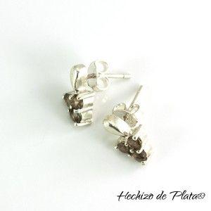 Pendientes cortos de plata con piedras de Hechizo de Plata Joyería