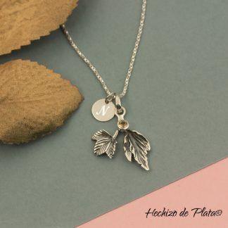 Colgante personalizado hojas amarillo y medalla de Hechizo de Plata joyería