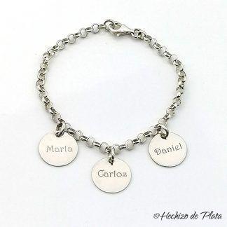 pulsera de plata personalizada con tres nombres de Hechizo de Plata joyeria