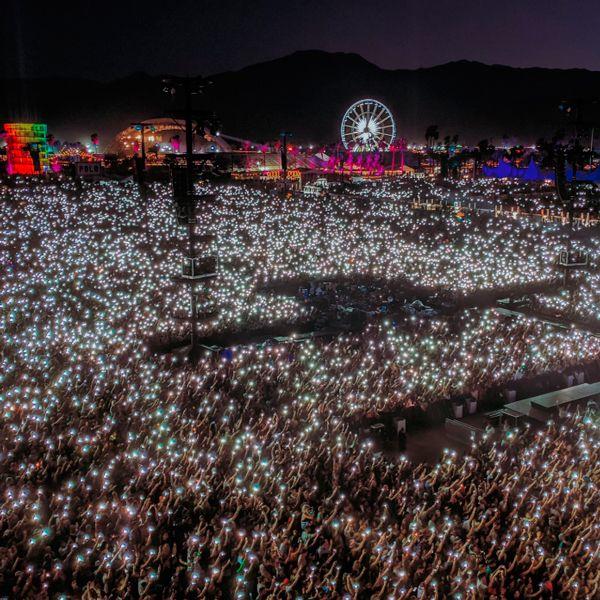 imagen de Coachella 2019. noche de luz