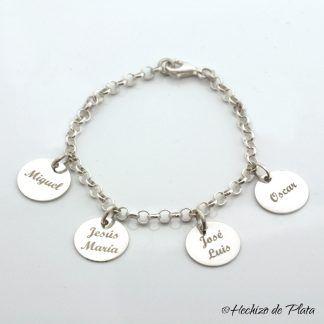 pulsera personalizada, con cuatro nombres de Hechizo de Plata Joyería