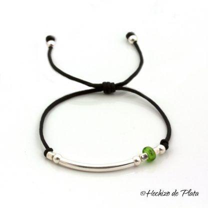pulsera con cristal verde personalizada de Hechizo de Plata Joyería